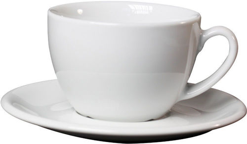 salek s podsalkem na cafe latte