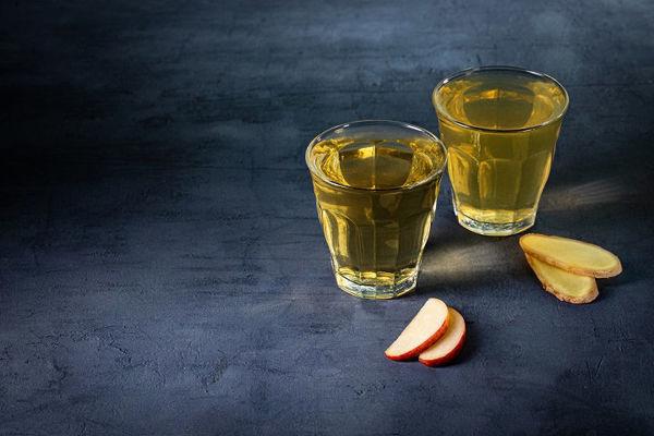 Horké jablko s bezinkou nebo se zázvorem